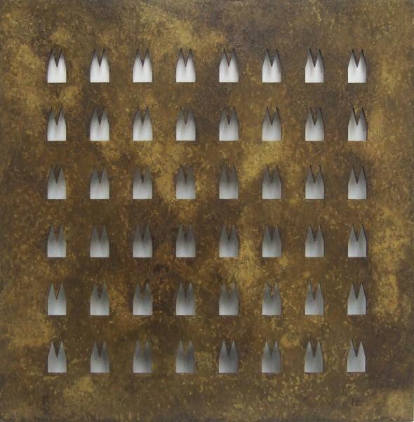Helmut Brands Trägerplatte mit 48 Ausschnitten